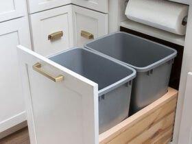 کابینت کشویی همراه با دو عدد سطل آشغال و دستمال