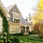 طراحی باغچه و نمای ساختمان با گیاهان زیبا