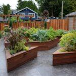 تصویر باغچه هایی به اشکال مختلف برای حیاط