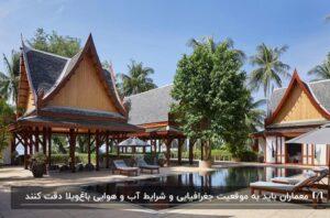 طراحی باغ ویلا به سبک تایلندی و استوایی با سقف های مخروطی و فضای سبز بزرگ